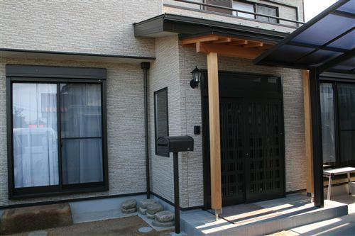 Y様邸玄関完成 001_R.jpg