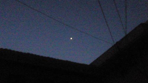 201101100633星_R.jpg