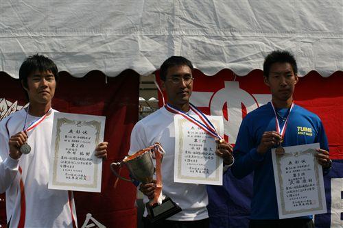 2011中日本レガッタ表彰式3名 017_R.jpg