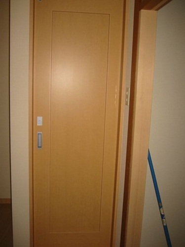 トイレ引戸完成_R.JPG