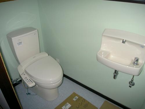 Nトイレ設置完了_R.JPG
