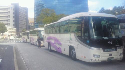 20121208TOEXバス3台_R.jpg