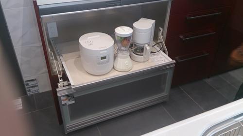 電気製品収納キッチン_R.jpg