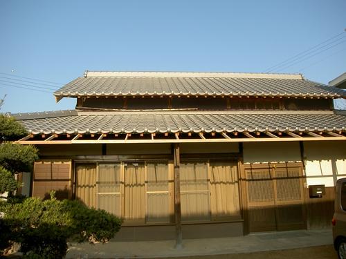 屋根葺き完了_R.JPG