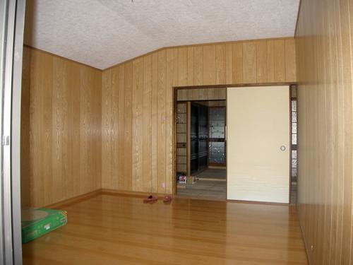 寝室完成_R.JPG