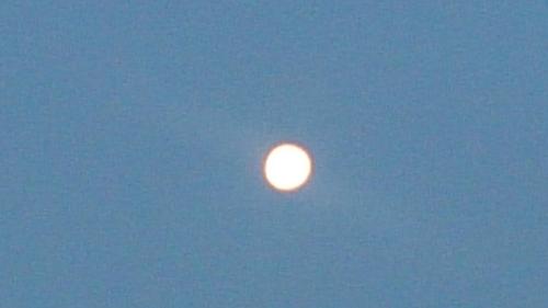 10日朝の月_R.jpg