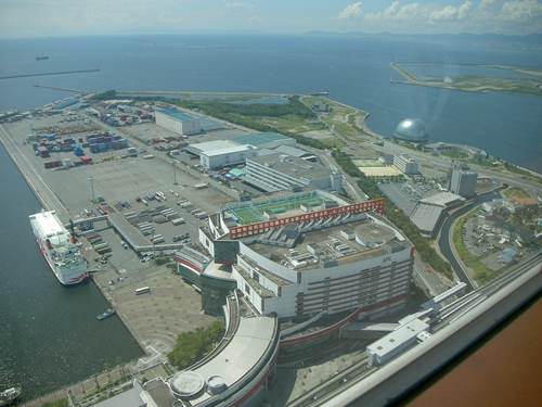 WTC~南港_R.JPG