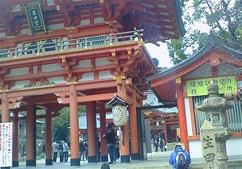 16日生田神社 斜め横_R.jpg