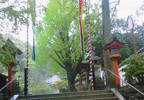 4月25日雨の荒神さん大祭準備_R.jpg